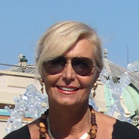 Carmen Spigno - Garlenda (SV) - pittrice con terre e resine naturali