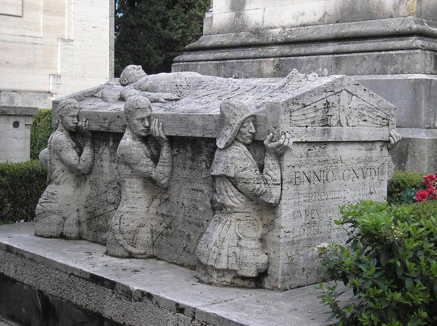 la tomba di ennio gnudi - farpi vignoli - particolare